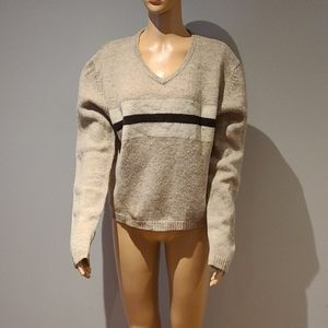 Vintage v-neck sweater size Large